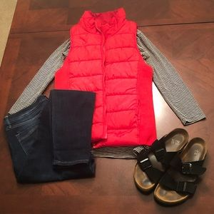 Red American Eagle Outfitters Puffy Vest